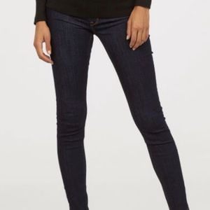 🤰🏼🤰🏻Maternity Dark Wash Skinny Jeans H&M
